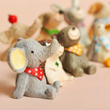 "Cute Little Animal ""Sky Watching"" Adornment"